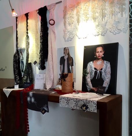 Das Plauener Spitzenmuseum - Accessoires der Modespitze Plauen