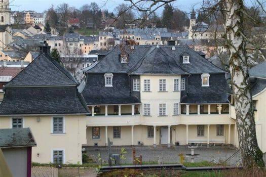Blick auf das Musikinstrumentenmuseum in Markneukirchen - Ausflugstipp im Vogtland
