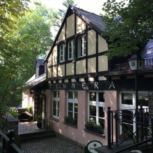 Besuch in der Tennera - einem beliebten Ausflugslokal mit Biergarten im Stadtpark in Plauen