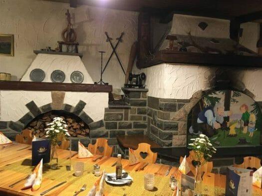 Ausflugsziel in Rodewisch im Vogtland / Sachsen - die Gaststätte Troll Schänke mit Biergarten
