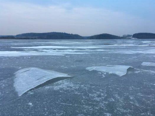 Ausflugsziel im Vogtland / Sachsen - Talsperre Pöhl - Winter