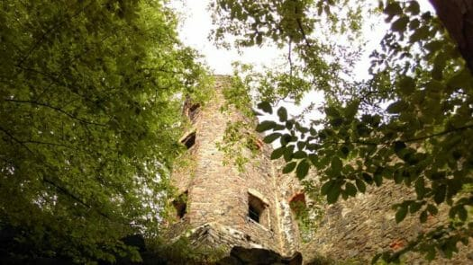 Ausflug zur Burgruine Liebau unweit der Talsperre Pöhl im Vogtland