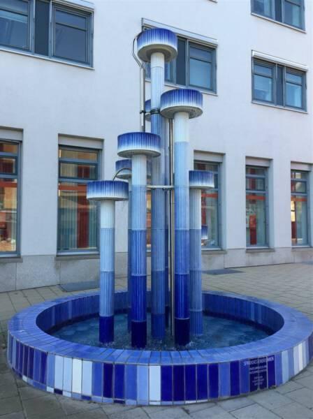 Selb - Ausflug in die Stadt des Porzellan in Bayern - Porzellanbrunnen