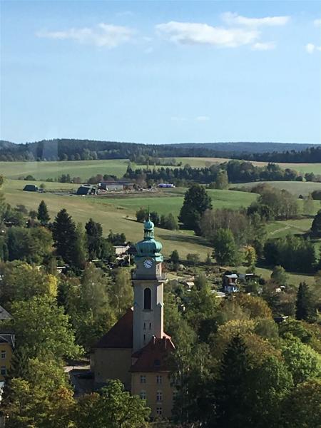 """Die Kirche """"Zum heiligen Kreuz"""" in Auerbach"""