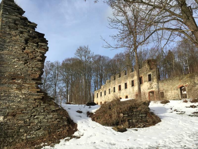 Böhmisches Vogtland - Burg Neuberg in Podhradi Nähe As