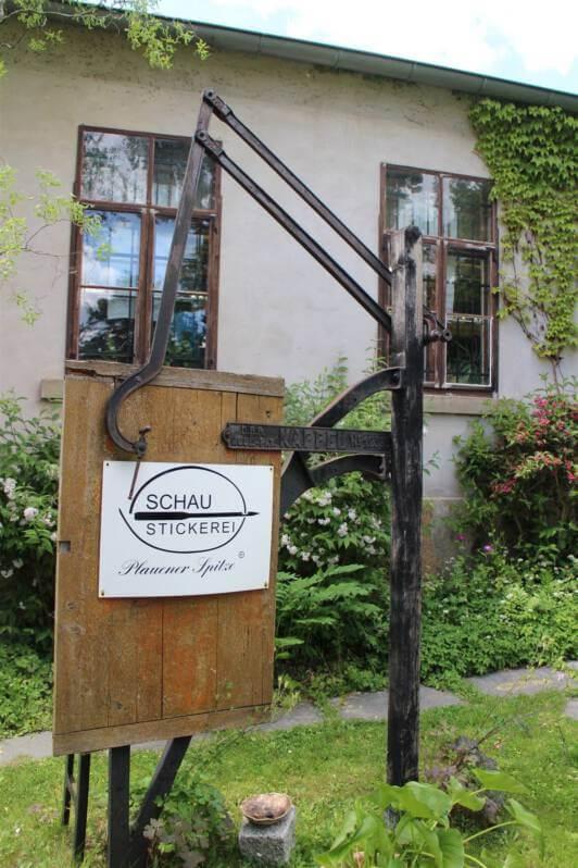 Schaustickerei für Plauener Spitze in Plauen