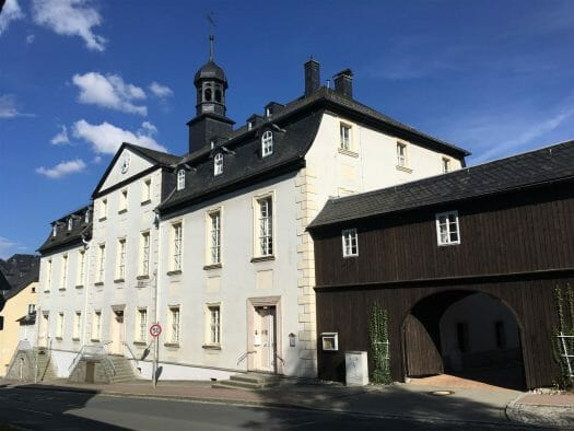 Ausflug: Landschaftspark Ebersdorf - Thüringen - nahe der Bleilochtalsperre - Gemeindehaus der Herrenhuter Brüdergemeinde