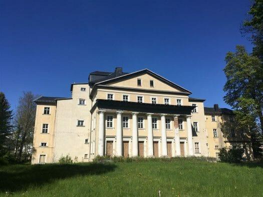 Ausflug: Landschaftspark Ebersdorf - Thüringen - nahe der Bleilochtalsperre - Schloss