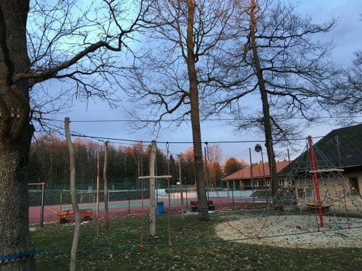 Parken am Turm in Asch