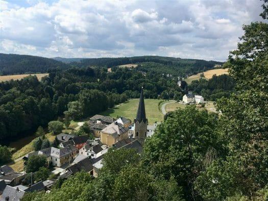 Blick auf Hirschberg in Thüringen