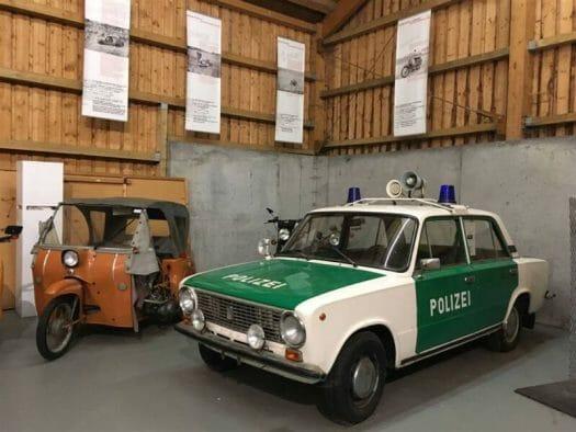 DDR -Fahrzeuge Polizei und Krause-Duo