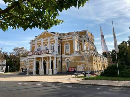 Blick auf das Theater in Cheb (Eger)