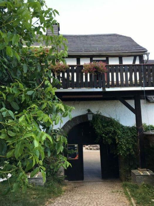 im historischen Gasthof Neu Schenke in Neugernsdorf in Thüringen